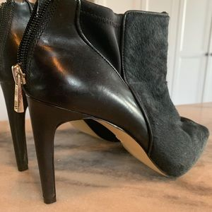 Ann Taylor boot/shoes